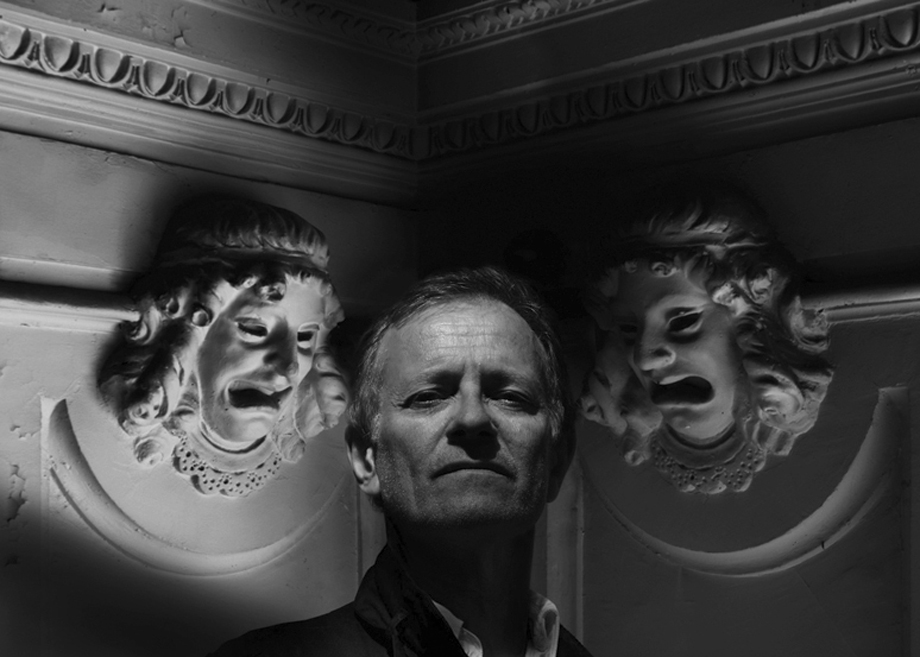 T - le cri du theatre_Francis Huster