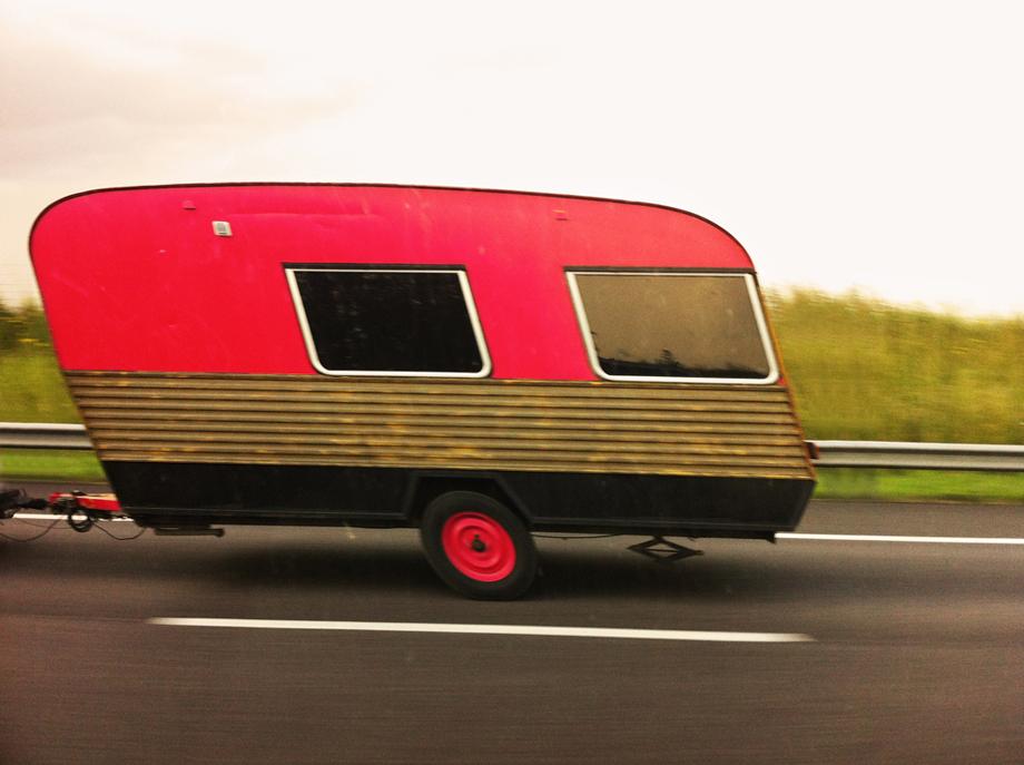 caravane rouge